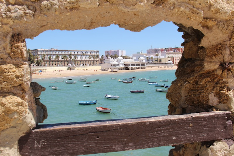 cadiz_boats_fort_view