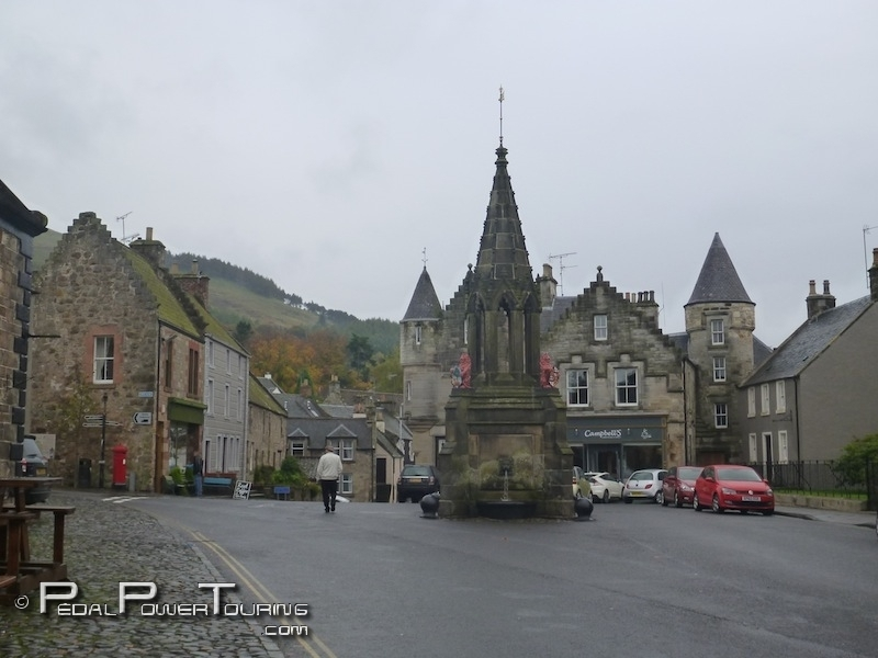 falkland_bruce_fountain