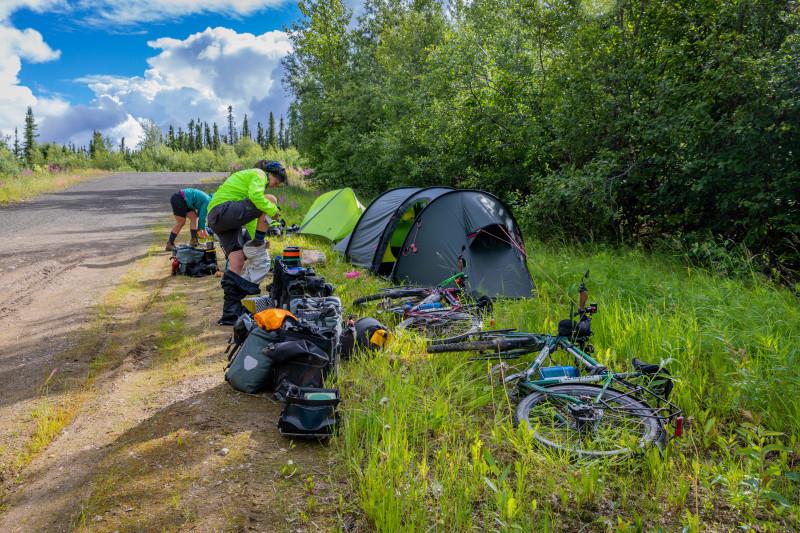 Cycling Dalton Highway