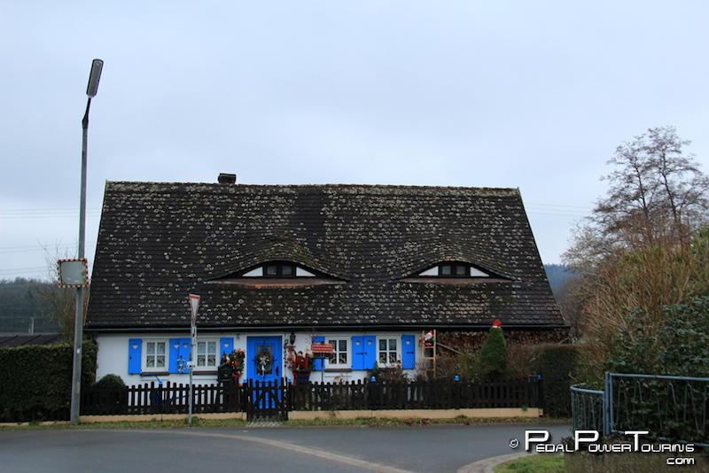 house_eyes_germany