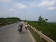 bike touring ho chi minh trail vietnam39