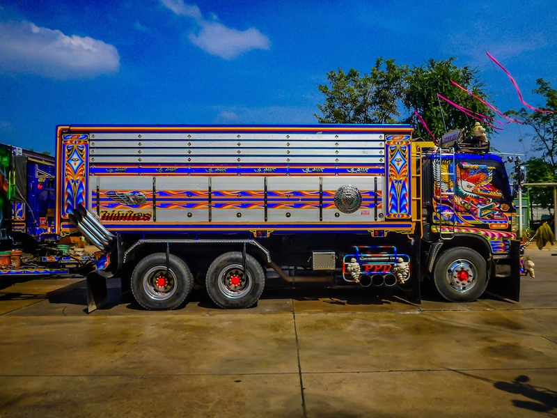 truck side