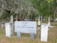 lake_lindsey_cemetery
