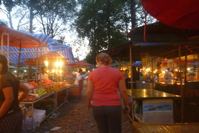 jessica walking around the market