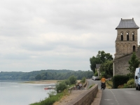 ron_riding_loire-jpg