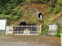grotto_mayenne_river-jpg