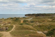 bunkers_craters_pointe_du_hoc-jpg