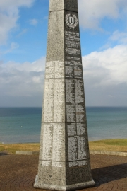 omaha_beach_monument-jpg