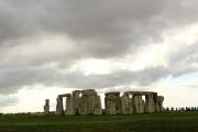 stonehenge_far