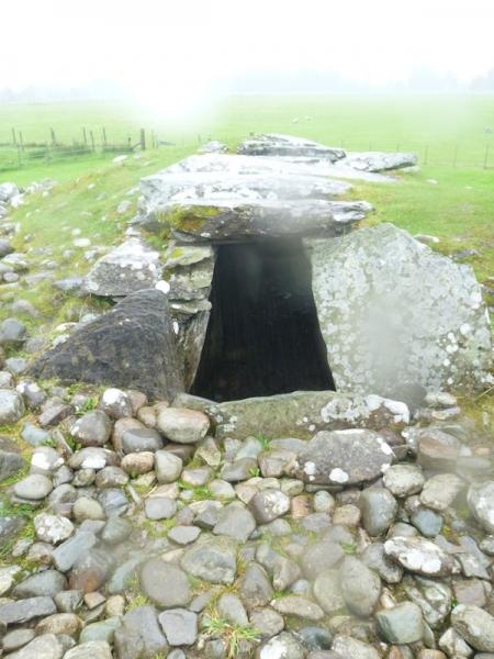 cairn_entrance