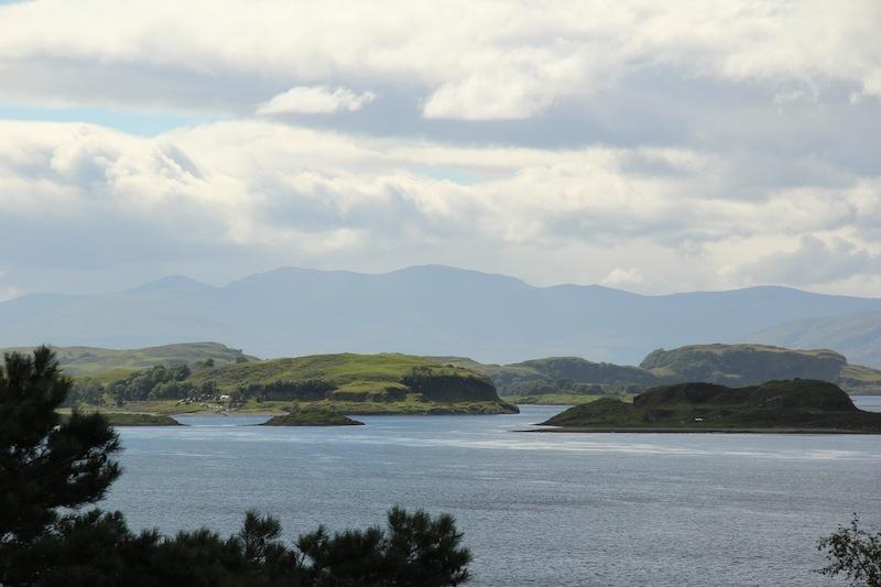 islands_loch