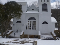 church_snow