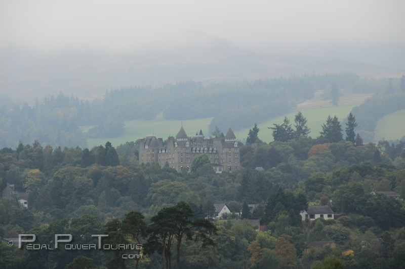 castle_near_pitlochry
