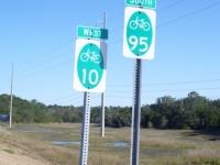 bikeroute_signs_pedalpowertouring