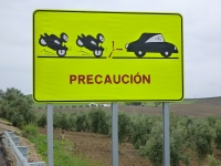 funny_road_sign_spain