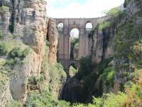 ronda_new_bridge_waterfall