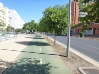 spain_seville_bike_path_1