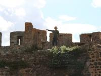 ron_portel_castle_pointing