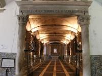 chapel_entrance_saying