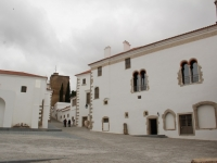 evora_castle_area