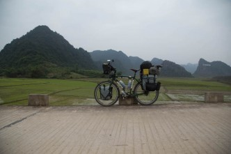 bike-touring-ho-chi-minh-trail-vietnam03