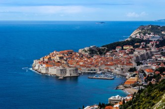 dubrovnik_town_high_above