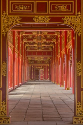 long-empty-red-hallway-in-forbidden-purple-city.jpg